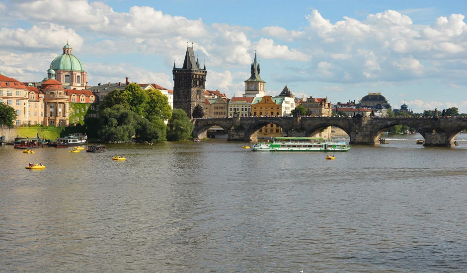chase_prague_charlesbridge_940x550