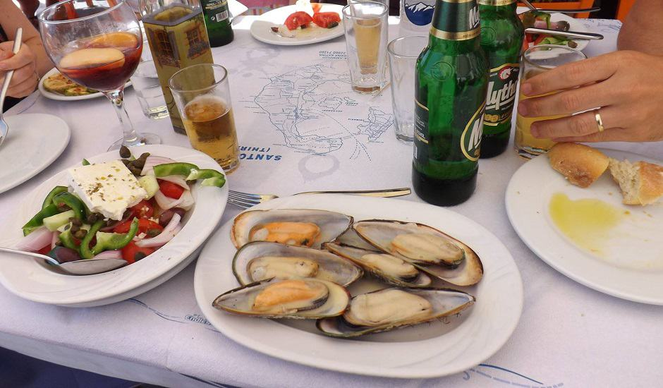 chris_oia_amoudi-bay_mussels_940x550