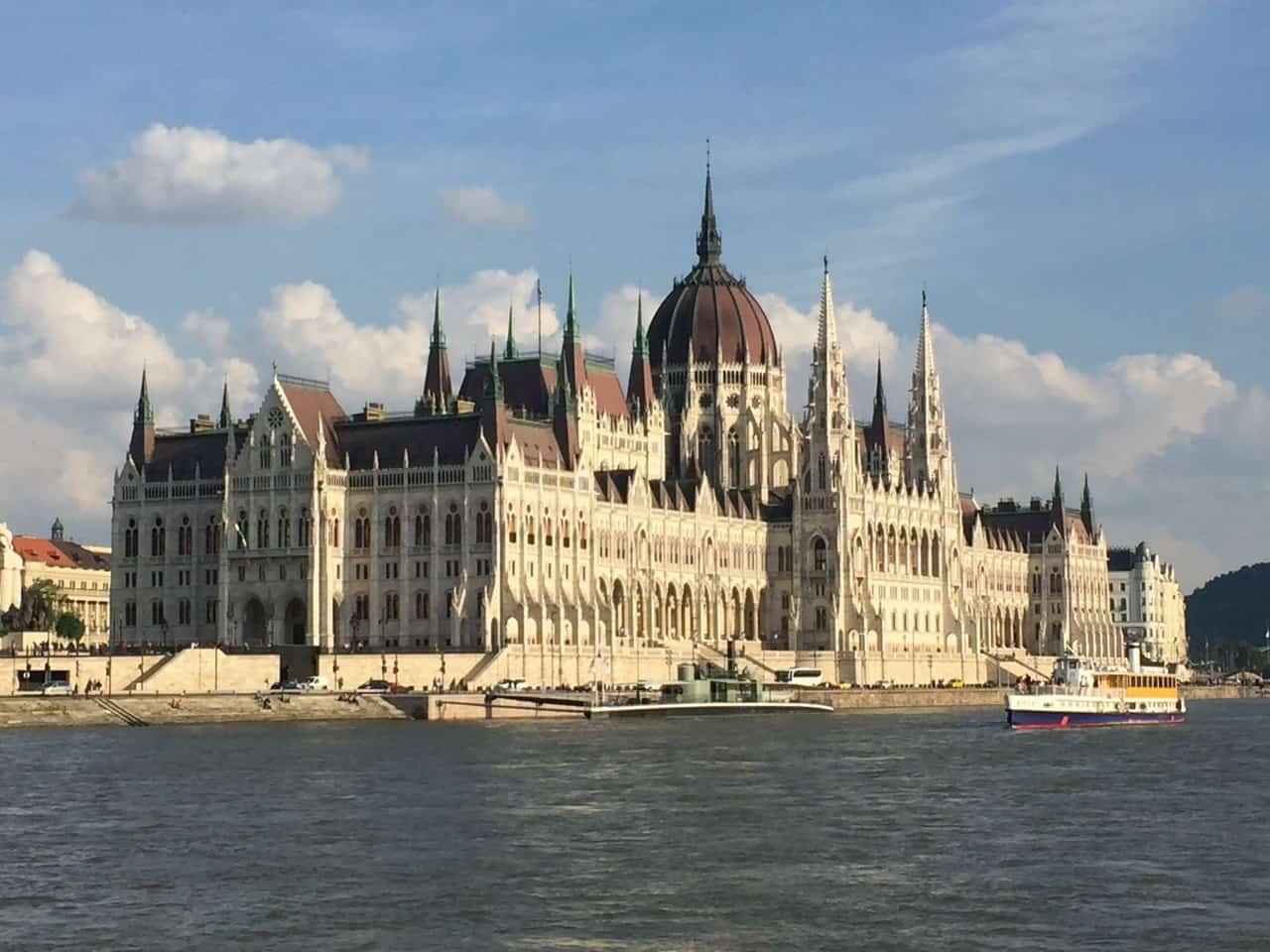 Budapest City Sightseeing Riverboat Tour