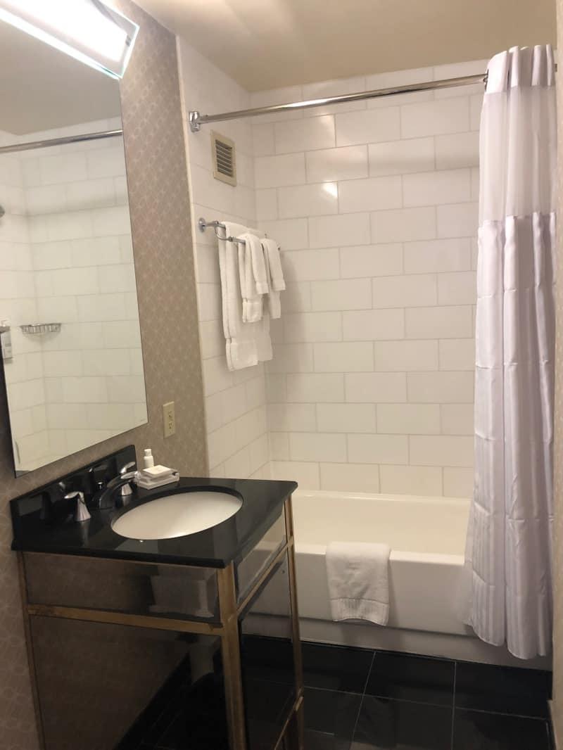 Kimpton Sir Francis Drake Hotel, Union Square, San Francisco - room