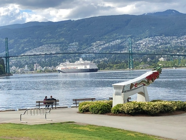 Fun things to do in Vancouver - Lion's Gate Bridge