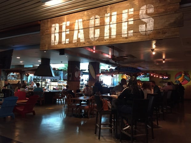Portland Airport - Beaches Restaurant