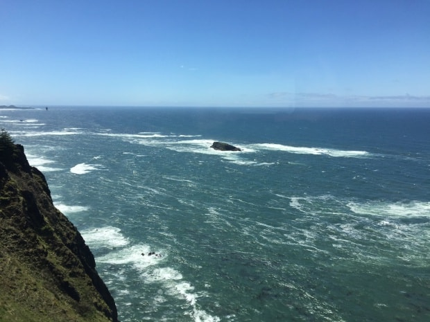 Lincoln City, Oregon - Lookout at Cape Foulweather