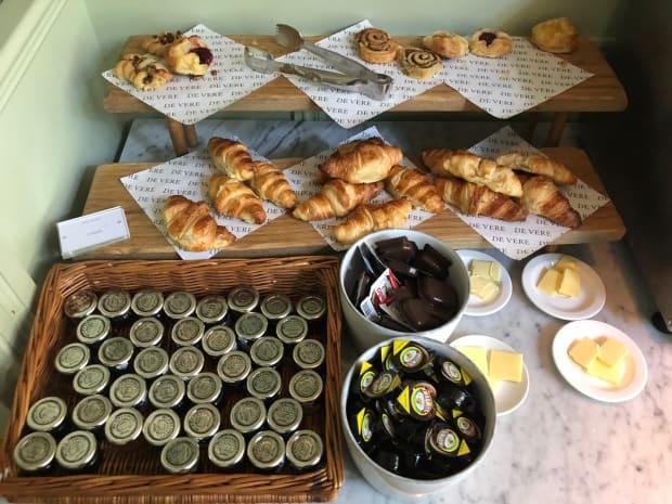 De Vere Latimer Estate, Chesham - breakfast buffet