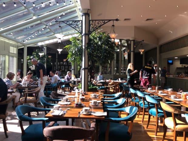 De Vere Latimer Estate, Chesham - breakfast room