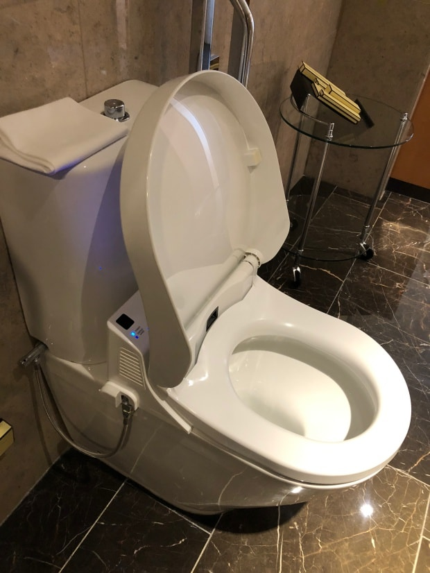 Shangri-la Hotel at The Shard London - multi-functional toilet.