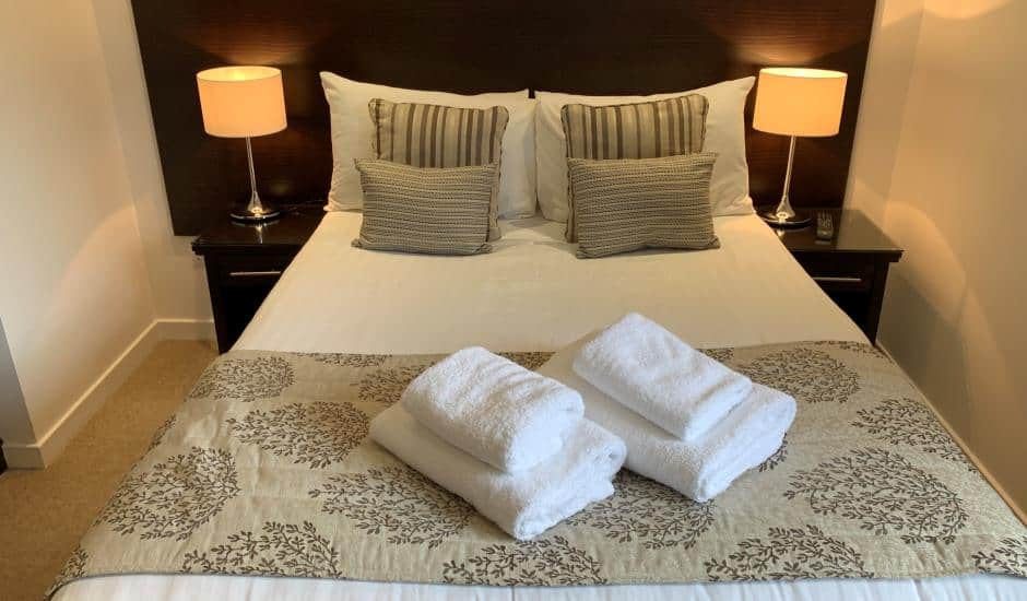 Review: Fountain Court Apartments (Grove Executive ...